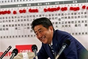 آبه نخستوزیر ژاپن باقی ماند