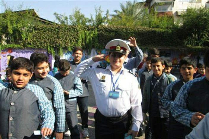 پلیس قائم شهر پسر ۱۲ ساله را به آرزویش رساند