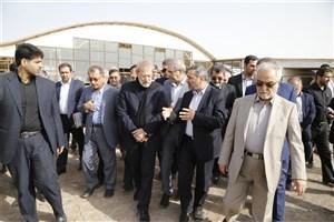 بازدید لاریجانی از پروژه فرودگاه قم