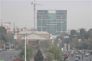 تهرانیها از تردد در ساعات اوج ترافیک خودداری کنند/ اجرای قوانین، راهکار اصلی کاهش آلودگی هوا