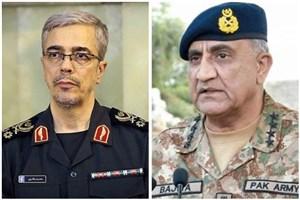 ایران و پاکستان بر ضرورت توسعه مناسبات دفاعی تاکید کردند