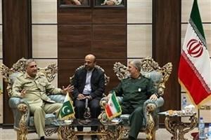 تحرکات تروریستها در مناطق مرزی با حمایت سرویسهای جاسوسی بیگانه انجام میگیرد