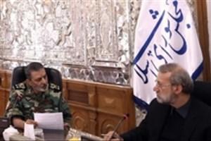 جمعی از فرماندهان ارتش با رئیس مجلس دیدار کردند