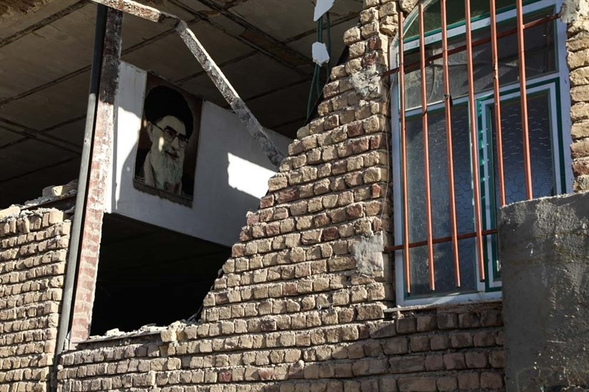 سومین روز از زلزله سر پل ذهاب
