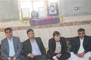 دیدار مسئولان دانشگاه آزاد اسلامی واحد سراوان با خانواده شهدا
