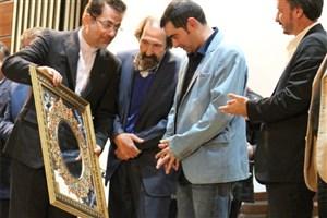 نماد شهر شاهرود، عنوان شهروند افتخاری و گلبانگ سربلندی به شهاب حسینی اهدا شد