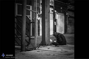 معتادان قصد فرار از واقعیت را دارند و به اطرافیان خود آسیب جدی می زنند