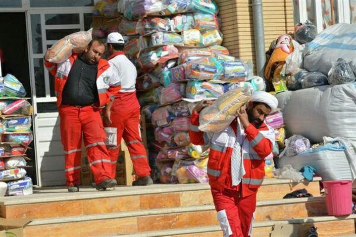 طلبه امدادگر حاضر در مناطق زلزله زده