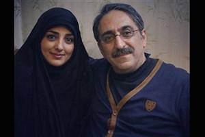 شهرام شکیبا به همراه همسرش «همیشه خونه» را اجرا میکنند