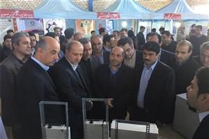 نمایش تولیدات مرکز رشد واحد علی آباد کتول در نمایشگاه دستاوردهای پژوهش، فناوری و فن بازار گلستان