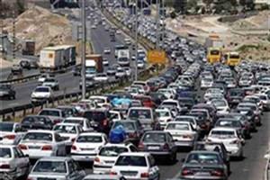 ترافیک سنگین در آزادراه کرج-تهران/ مه گرفتگی در استانهای اردبیل و خراسان رضوی