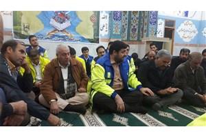 استقبال بخشدار و دهیاران سرپل ذهاب از نخستین مسئول کشوری که خود را به مناطق زلزله رساند