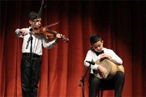 بیش از 270 هنرمند در اولین روز جشنواره نوای خرم نواختند
