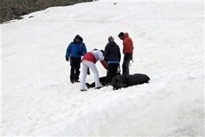 عملیات پیدا کردن پیکر یک کوهنورد دیگر همچنان ادامه دارد