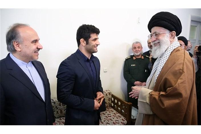 کریمی: از توجه ویژه رهبر معظم انقلاب اسلامی قدردانی میکنم/ امیدوارم پاسخگوی این محبتها باشم