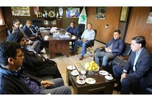 بازدید مدیران ذوب آهن از ورزشگاه فولادشهر