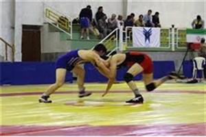 مسابقات کشتی دانشجویان دانشگاه های آزاد استان آذربایجان شرقی در واحد میانه برگزار شد