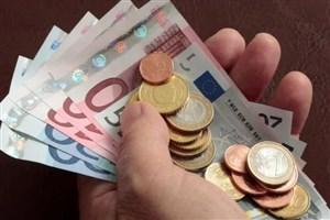 جدیدترین نرخ ارز دولتی اعلام شد/افزایش قیمت دلار، کاهش دلار و پوند بانکی+جدول