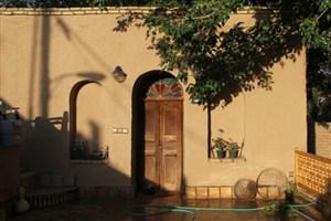 تهیه بانک اطلاعاتی از اماکن تاریخی و فراغتی منطقه