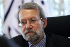 یادگاری رییس مجلس شورای اسلامی برای خودرو جدید ایران خودرو +عکس