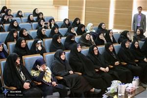 با وجود500 هزار فرهنگی زن،  شاهد ورود مدیران زن از خارج آموزش و پرورش هستیم