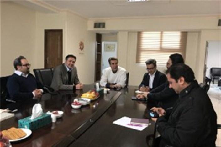 بازدید معاون امور هنری وزیر ارشاد از دبیرخانه جشنواره موسیقی فجر