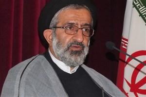 ادای احترام رئیس دانشگاه آزاد قائمشهر به شهدای گمنام+ عکس