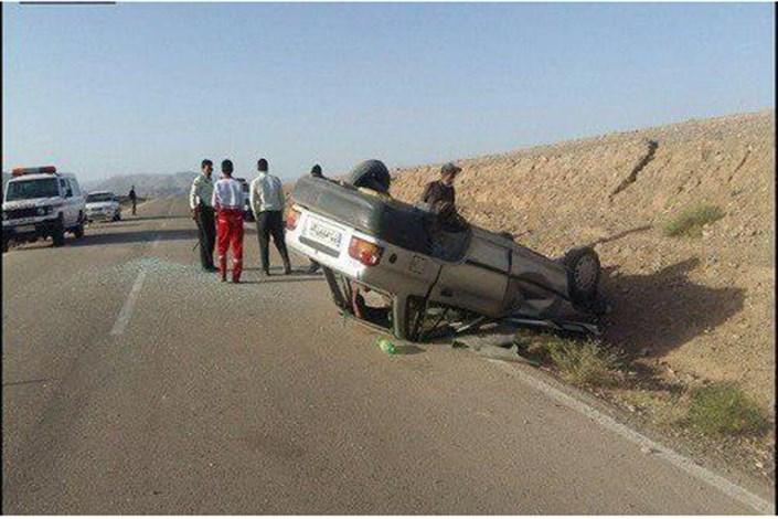 امدادرسانی به مصدومین حادثه واژگونی کامیون و پراید