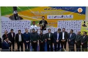 نوید ملک ثابت فاتح مسابقات بین المللی اسکواش  جام امیرکبیر شد