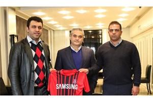 مهابادی با نساجی مازندران قرارداد امضا کرد