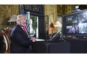 رسوایی ترامپ ساعاتی پس از امضای قانون مالیاتی!