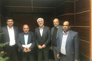دیدار رئیس دانشگاه آزاد اسلامی جیرفت  با دکتر فرهاد رهبر