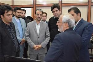 بازدیدزاهدی ازمرکز رشد واحدهای فناوردانشگاه آزاد اسلامی خمینی شهر