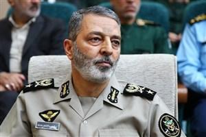 مادر فرمانده کل ارتش دار فانی را وداع گفت
