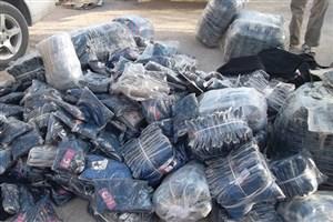 کشف ۱.۵ تن پوشاک قاچاق از داخل بونکر سیمان + عکس