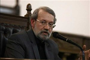 لاریجانی: تضعیف ریشه های انقلاب خیانت است