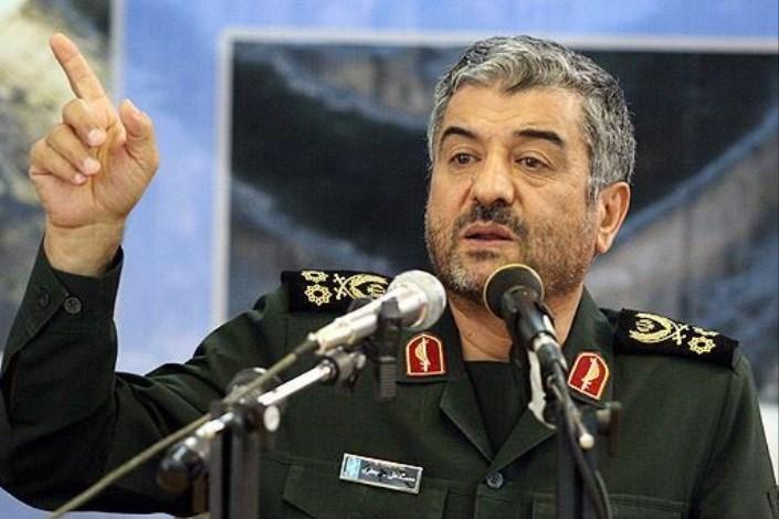 سرلشکر جعفری: آمریکاییها بهخواست صهیونیستها، ایران را تحریم میکنند