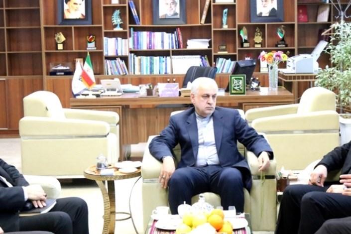 محمدرضا صالحی استاندار خراسان شمالی در دیدار با شهردار و رئیس شورای اسلامی شهر بجنورد و مشاور ارشد سرمایه گذاری شهرداری های کشور