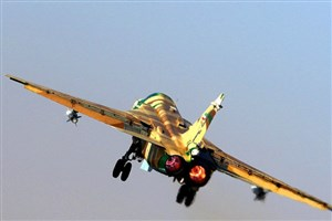 یک فروند هواپیماهای سوخو ۲۴در پایگاه شهید دوران بازآماد شد