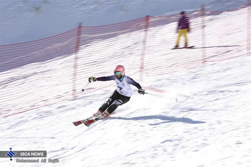 دو راهی جوانی یا تجربه  برای انتخاب بانوی اسکی باز المپیکی