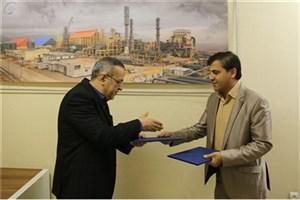 امضای تفاهمنامه به منظور گسترش همکاریهای تحقیقاتی و آموزشی در صنعت پتروشیمی