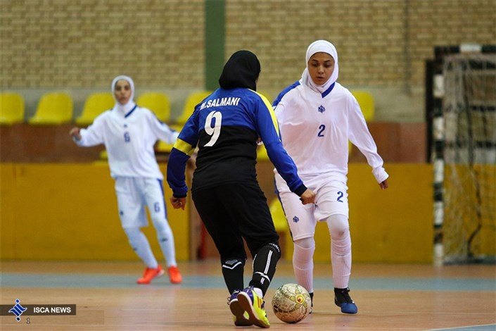ایران بازیکنانی جنگنده و سرعتی دارد/نمی دانم چه رازی در حجاب بود که در بازی دوم پیروز شدیم