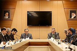 Dr. Velayati Meets with the UN Special Representative for Iraq / In Photos