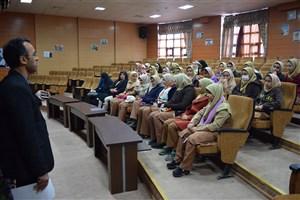 بازدید دانشآموزان از امکانات دانشگاه آزاد اسلامی بندرگز