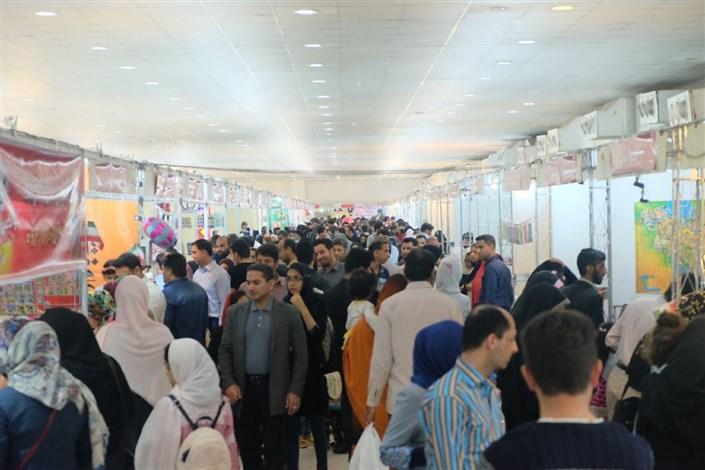 فروش بیش از 2 میلیارد تومان کتاب در نمایشگاه بندرعباس