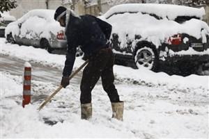 از برف تهران غافلگیر نشدیم/ ترافیک مانع تردد ماشینآلات شهرداری