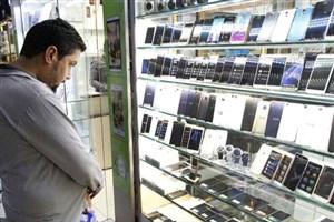 تاثیر نرخ ارز بر بازار موبایل/ رکود در بازار جا خوش کرد