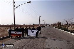 پیادهروی 22 کیلومتری کارکنان و اعضای هیات علمی دانشگاه آزاد اسلامی واحد اصفهان(خوراسگان) به مناسبت دهه فجر انقلاب اسلامی