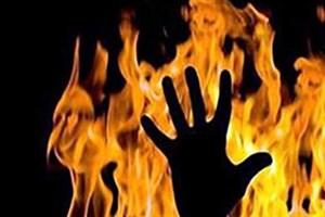 قبض برق مشترک بدهکار، بلای جان مدیر برق مشهد شد/ بدهکار 2 میلیون تومانی  مدیر برق را با بنزین آتش زد