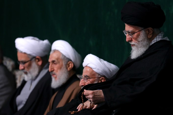 پخش مراسم عزاداری حضرت زهرا(س) با حضور رهبر انقلاب از شبکه یک
